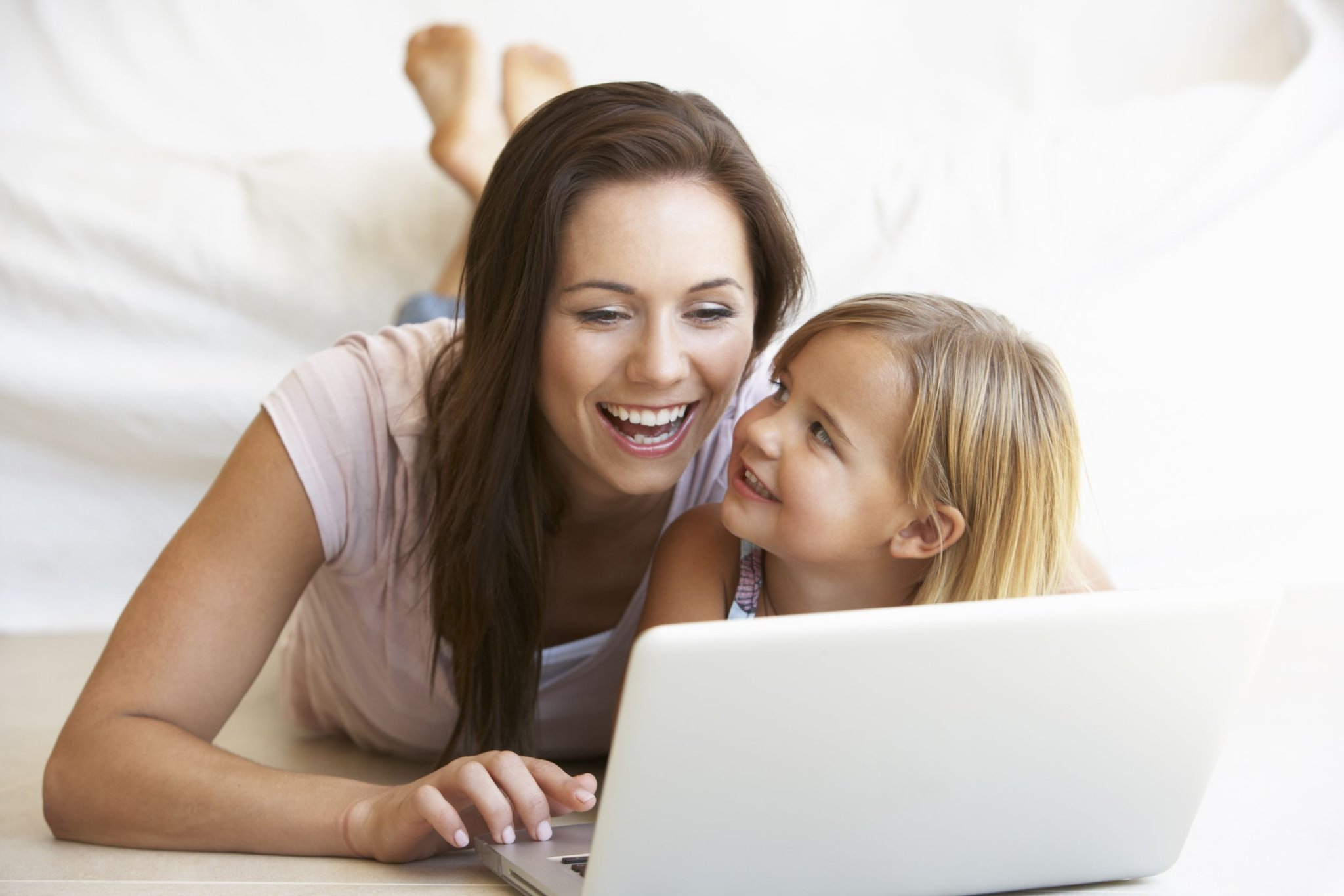 SHOPPING ONLINE FOR MUMS - WRAP YOUR LOVE